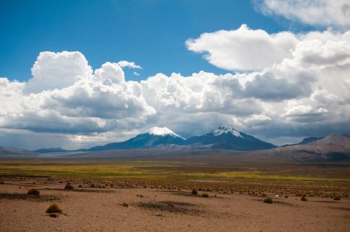 Bolivian Andes「Volcanos」:スマホ壁紙(15)