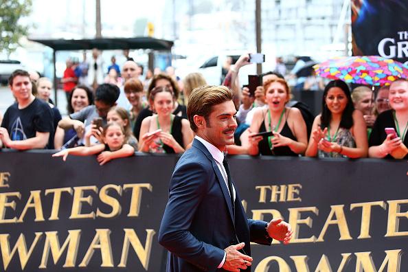 Zac Efron「The Greatest Showman Australian Premiere - Arrivals」:写真・画像(12)[壁紙.com]