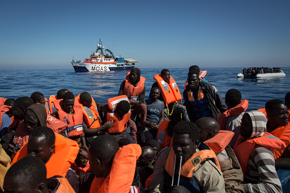 Europe「Search And Rescue Enters Peak Season For MOAS Operations」:写真・画像(4)[壁紙.com]