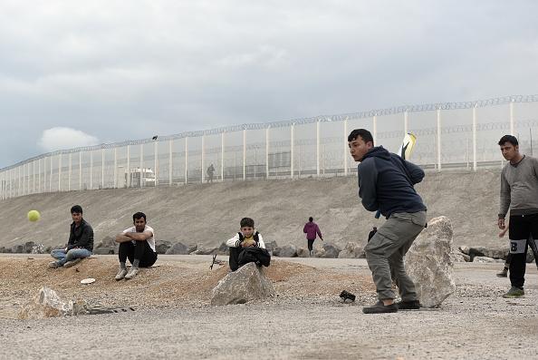 Calais「Life Amongst The Rubble Of The Calais Jungle」:写真・画像(19)[壁紙.com]