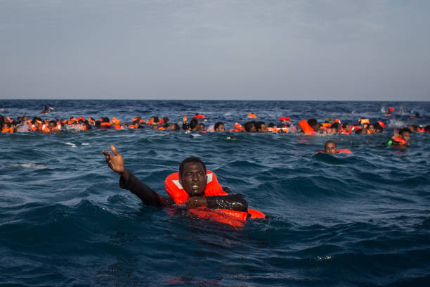 Search And Rescue Enters Peak Season For MOAS Operations:ニュース(壁紙.com)