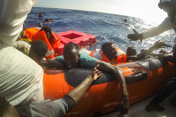 Refugee「Search And Rescue Enters Peak Season For MOAS Operations」:写真・画像(3)[壁紙.com]