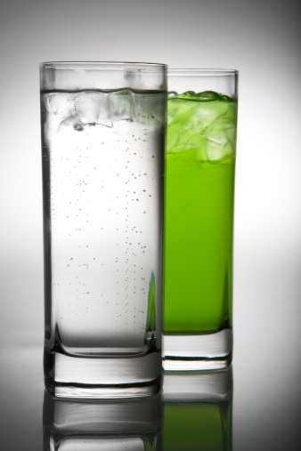 Lemon Soda「lemonade and green drink in pair of glasses」:スマホ壁紙(12)