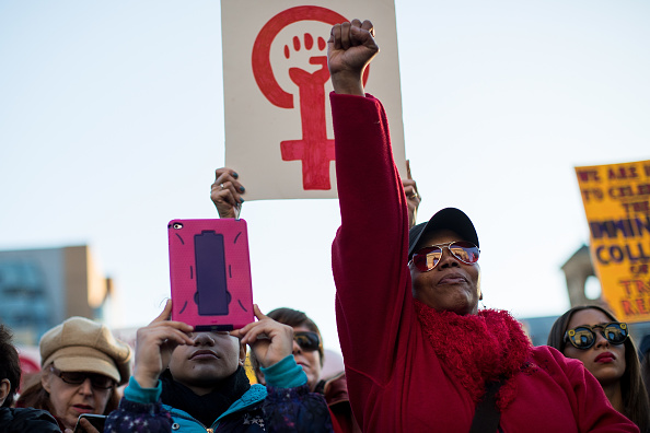 Drew Angerer「International Women's Day Marked With Rallies And Protests Across The Country」:写真・画像(7)[壁紙.com]