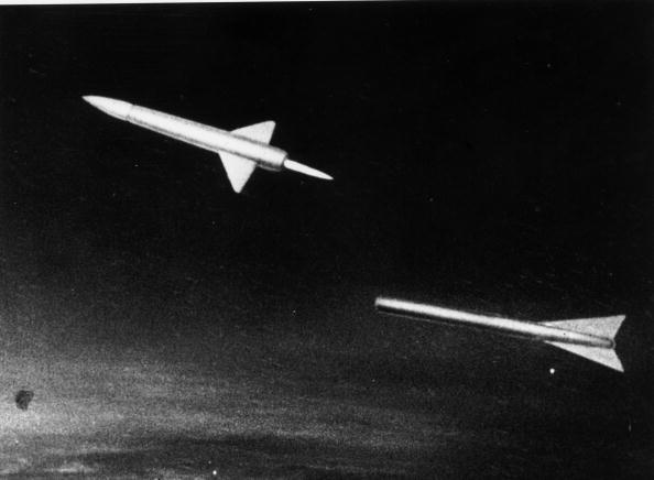Empty「Soviet Spacecraft」:写真・画像(19)[壁紙.com]