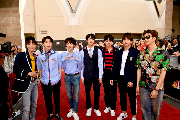 防弾少年団「2018 Billboard Music Awards - Red Carpet」:写真・画像(11)[壁紙.com]