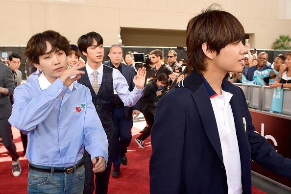 防弾少年団「2018 Billboard Music Awards - Red Carpet」:写真・画像(14)[壁紙.com]