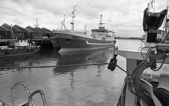 County Donegal「Killybegs Harbour 1988」:写真・画像(17)[壁紙.com]
