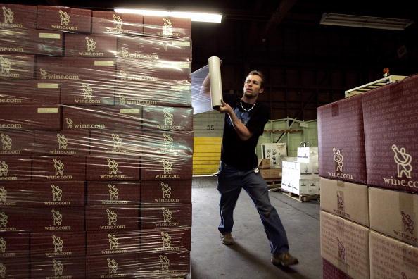 Shawl「Supreme Court Strikes Down Ban On Interstate Wine Sales」:写真・画像(9)[壁紙.com]