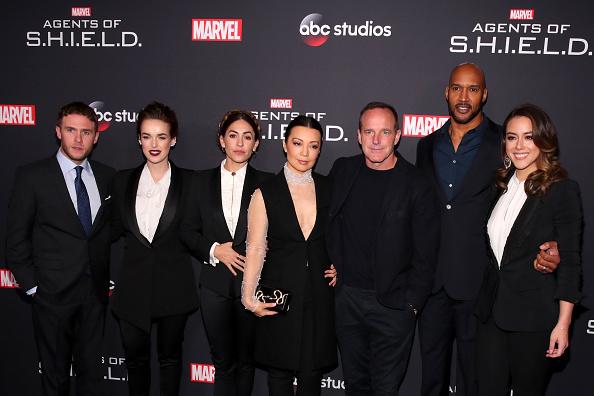 お祝い「100th Episode Celebration Of ABC's 'Marvel's Agents Of S.H.I.E.L.D.' - Arrivals」:写真・画像(4)[壁紙.com]