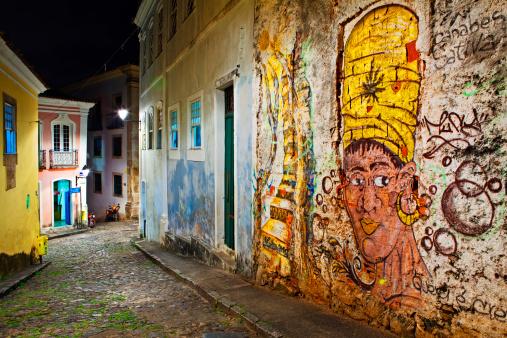 Mural「Mural on street wall Salvador Pelourinho」:スマホ壁紙(12)