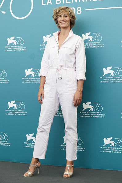 "Cecile de France「""The New Pope"" Photocall - The 76th Venice Film Festival」:写真・画像(2)[壁紙.com]"