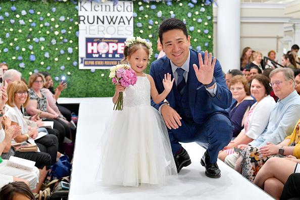 Masahiro Tanaka「Runway Heroes Walk With The Yankees At Kleinfeld」:写真・画像(4)[壁紙.com]