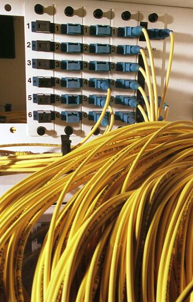 Internet「Fiber-optic Cable」:写真・画像(1)[壁紙.com]