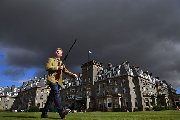 Gun「Sporting Gun Auction Takes Place At The Gleneagles Hotel」:写真・画像(15)[壁紙.com]