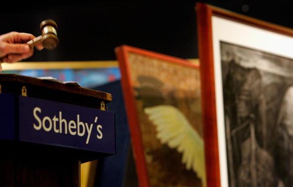 """Sotheby's「Brett Whiteleys Work """"Opera House"""" Goes To Auction」:写真・画像(15)[壁紙.com]"""