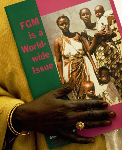 女「New Measures To Prohibit Female Circumcision Announced In London」:写真・画像(3)[壁紙.com]