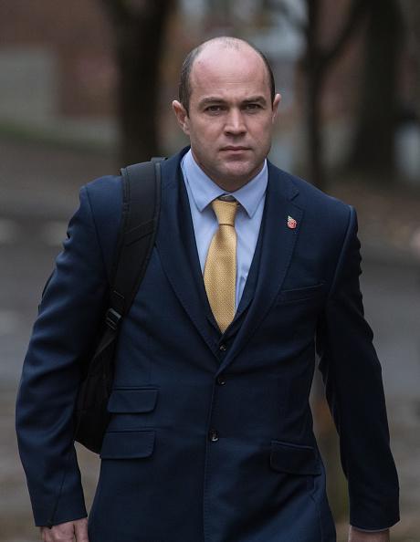 Three Quarter Length「Parachute Murder Trial Continues」:写真・画像(19)[壁紙.com]