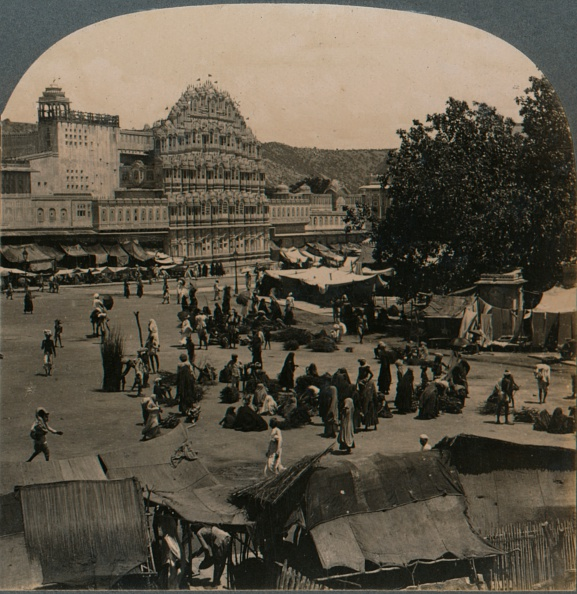 Rajasthan「Palace of the Winds from Shiva Temple, Jeypore, India, 1902」:写真・画像(18)[壁紙.com]