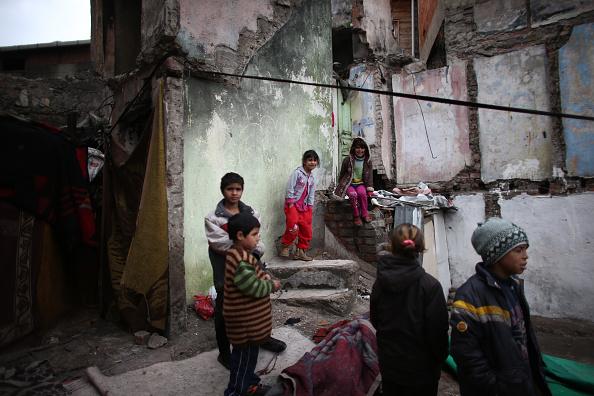 Syrian Civil War Refugee Crisis「Syrian Refugees Seek Shelter In Istanbul」:写真・画像(6)[壁紙.com]