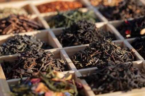 茶葉「ティーボックスに」:スマホ壁紙(18)