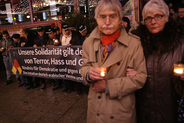2016 Berlin Christmas Market Attack「Germany Commemorates 2016 Christmas Market Terror Attack」:写真・画像(9)[壁紙.com]