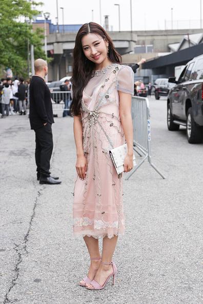 Achim Aaron Harding「Street Style - New York Fashion Week September 2018 - Day 7」:写真・画像(14)[壁紙.com]