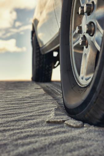 Dirt Road「What road?」:スマホ壁紙(16)