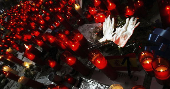 Madrid「Madrid Remember The Dead After Bombings」:写真・画像(1)[壁紙.com]