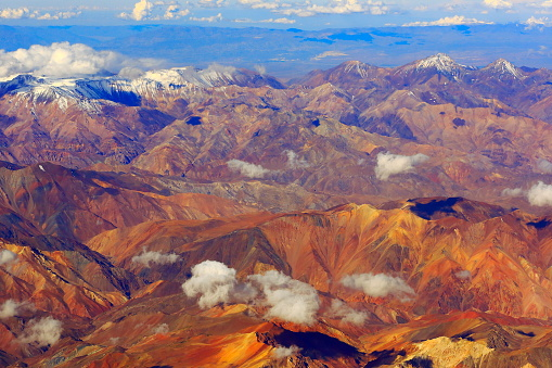 Bolivian Andes「Atacama Desert, andes aerial view – above mountains and Volcanic landscape, Chile」:スマホ壁紙(16)