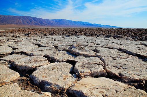 Lava「Atacama Desert desolation - Moon and death valley, Volcanic rocks landscape –  Chile」:スマホ壁紙(0)