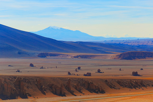 Bolivian Andes「Atacama Desert of Dali rock formations -  Volcanic landscape, Bolivian Andes - Potosi」:スマホ壁紙(14)