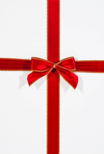 ribbon present:スマホ壁紙(壁紙.com)
