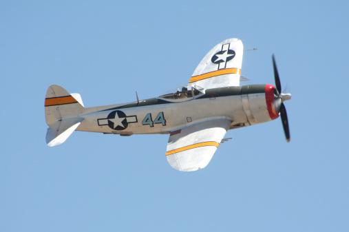"Battle「P-47 ""Thunderbolt"" Warplane」:スマホ壁紙(16)"