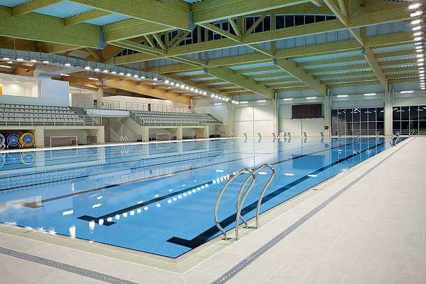 Indoor swimming pool:スマホ壁紙(壁紙.com)