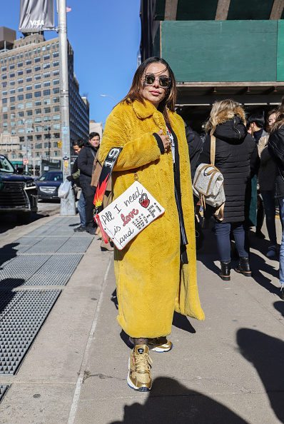 Achim Aaron Harding「Street Style - New York Fashion Week February 2019 - Day 3」:写真・画像(12)[壁紙.com]