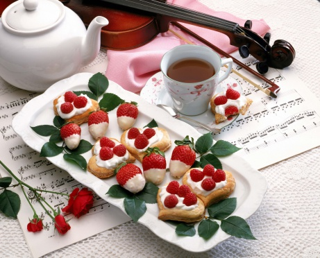 Formalwear「Raspberry phyllo hearts and white chocolate dipped strawberries」:スマホ壁紙(6)