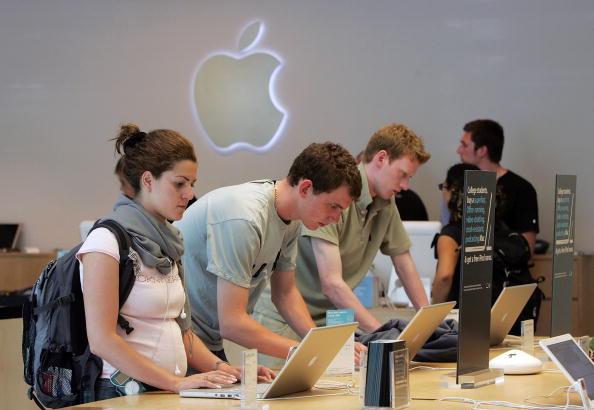 アップルストア「Mac Sales Raise Apple Quarterly Earnings 48 Percent」:写真・画像(16)[壁紙.com]