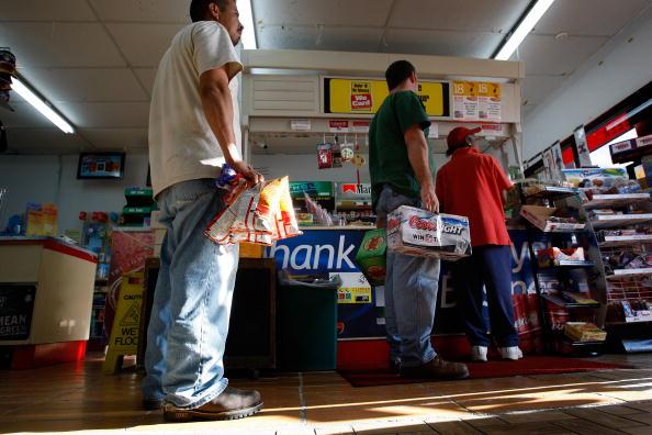 Hurricane Ike「Texas Gulf Coast Prepares For Hurricane Ike」:写真・画像(18)[壁紙.com]