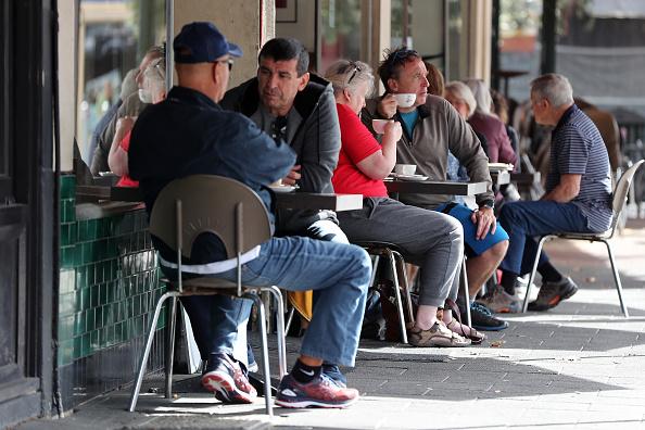 Cafe「Coronavirus Restrictions Ease Across Western Australia」:写真・画像(4)[壁紙.com]