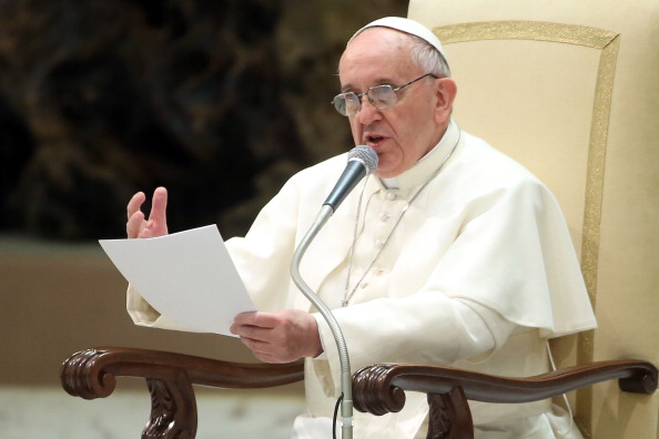 Franco Origlia「Pope Francis Holds An Audience With Journalists And The Media」:写真・画像(4)[壁紙.com]