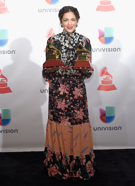 MGM Grand Garden Arena「The 18th Annual Latin Grammy Awards - Press Room」:写真・画像(16)[壁紙.com]