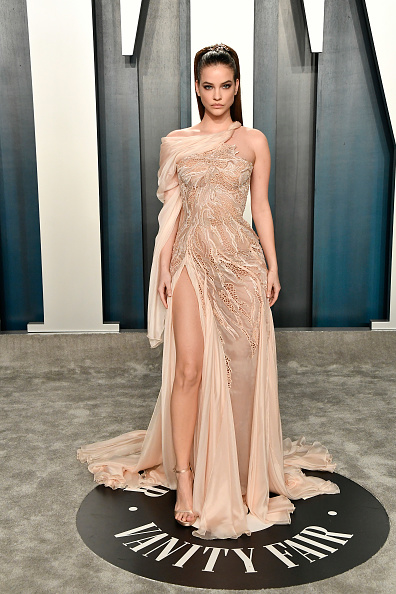 Beige Dress「2020 Vanity Fair Oscar Party Hosted By Radhika Jones - Arrivals」:写真・画像(0)[壁紙.com]