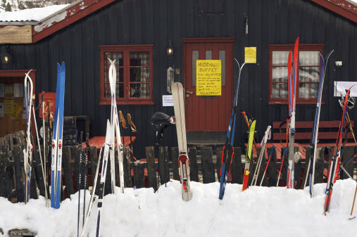 Chalet「Norway, Rondane National Park, Skis and poles」:スマホ壁紙(10)