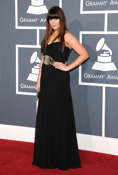 Strapless Dress「The 53rd Annual GRAMMY Awards - Arrivals」:写真・画像(9)[壁紙.com]