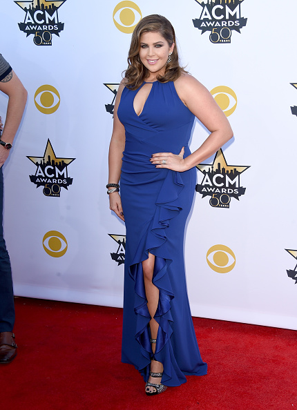 T 「50th Academy Of Country Music Awards - Arrivals」:写真・画像(6)[壁紙.com]