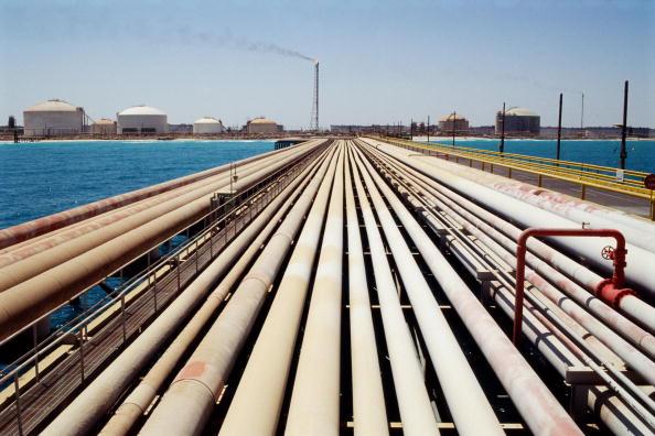 Tom Stoddart Archive「Dhahran Oil」:写真・画像(3)[壁紙.com]