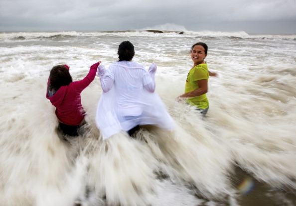 Torrential Rain「Tropical Storm Andrea Bares Down On Florida」:写真・画像(16)[壁紙.com]