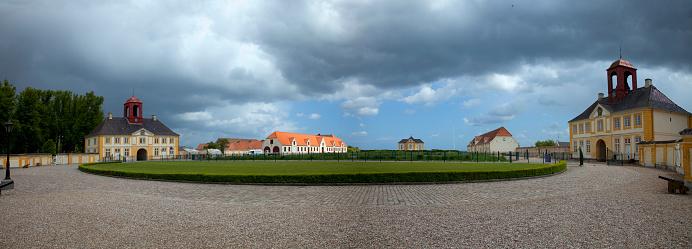 Denmark「Public square and Valdemars Castle on Tasinge Island」:スマホ壁紙(18)