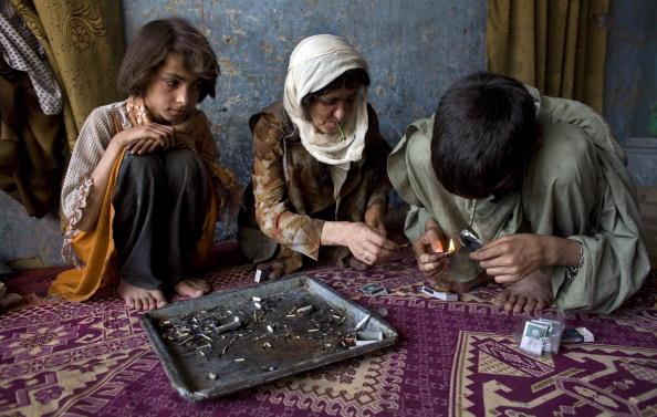 Kabul「Women And Children Living With Drug Addiction」:写真・画像(9)[壁紙.com]